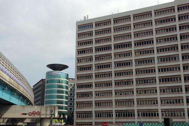 林口長庚兒童大樓的特等病房,病房大面積用窗,...