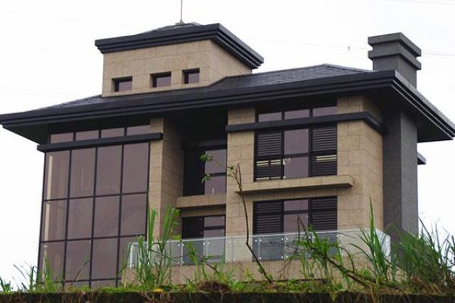 新店華城工信私人住宅採用育璽雙中空懸膜節能玻璃