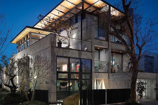 房子是一個空間,最重要還是得被人使用,因此人、空間...