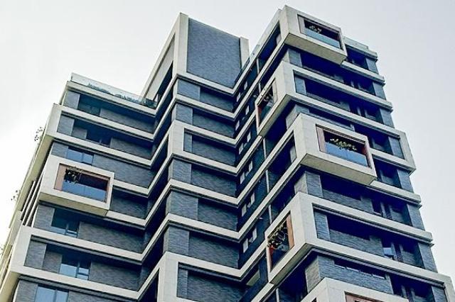 靜心連雲 4面景觀皆漂亮,建築師特別把景觀設計在不一樣的位置,以每4個樓層作規則的變化。