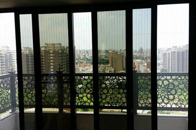 屋主一家人剛搬新家,因為高樓層關係周邊景色可說是一覽...